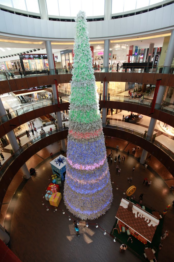 dubai-mall-xmas-tree